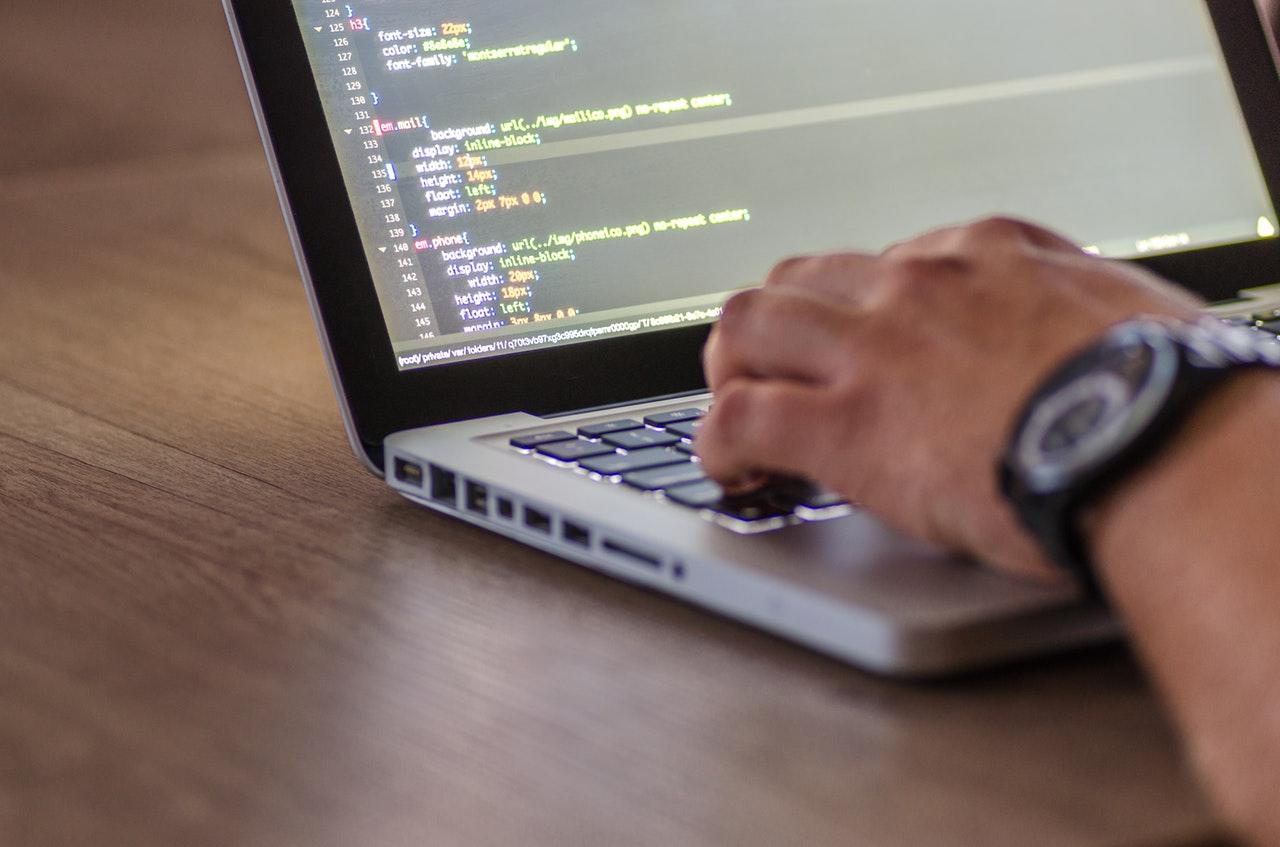 How Do I Choose A Web App Developer?